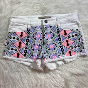 Joes jeans white sequin front shorts pink medium